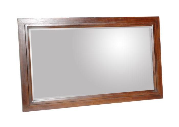 Смотрим в свои глаза в отражении зеркал